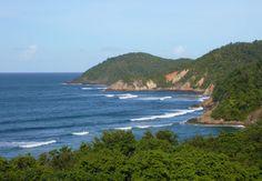 """Plage de l'Anse Bonneville #Trinité #Martinique réputée pour ses vagues elle est aussi appelée """"la plage aux surfeurs"""""""