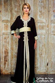 Caftan marocain noir doré
