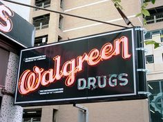 Vintage Walgreen Sign - San Antonio, TX by trueself2000, via Flickr // Stjepan