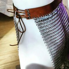 Benutzerdefinierte Kettenhemd Lendenschurz mit Ledergürtel
