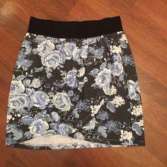 Floral Wrap Skirt - Size 6 Floral Wrap Skirt - Size 6 H&M Skirts Mini