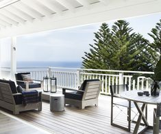 Posh Beach House in Northern Sydney ~ Stace King