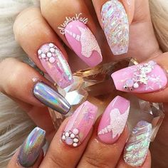 Semi-permanent varnish, false nails, patches: which manicure to choose? - My Nails Gorgeous Nails, Love Nails, Pink Nails, Pretty Nails, My Nails, Unicorn Nails Designs, Unicorn Nail Art, Mermaid Nails, Nagel Gel