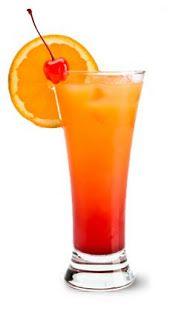 Malibu Bay Breeze (1 1/2 oz Malibu coconut rum 2 oz cranberry juice 2 oz pineapple juice)