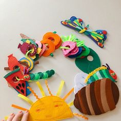 Felt Butterfly Very Hungry Caterpillar Montessori sensory interactive game play toy fruits vegetables cakes butterfly Eric Carle Gift girl , Caterpillar Book, Hungry Caterpillar Party, Eric Carle, Toddler Boy Gifts, Boy Toddler, Felt Fruit, Felt Fish, Album Jeunesse, Felt Gifts