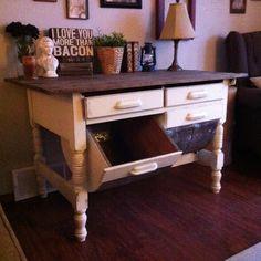Antique baker's table... Www.barokedesign.com
