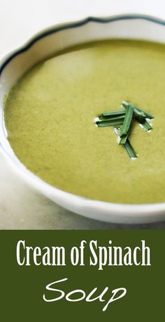 Rich and creamy spinach soup! With fresh or frozen spinach, onions, potatoes, broth, cream and sour cream. Cream Of Spinach Soup, Creamy Spinach, Cream Of Soup, Vegan Spinach Soup, Vegan Easy, Cream Soup Recipes, Cream Soups, Summer Soup Recipes, Roh Vegan