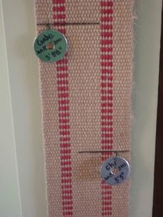 This looks TOTALLY do-able!   Portable growth chart...for when you know you won't be in that house forever...