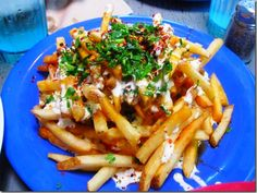 Jack's Urban Eats ~ Urban Fries topped with Blue Cheese Ranch, Chili Oil, Chili Flakes & Parsley!!!! Need I say more?!