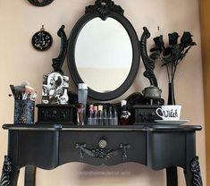 Splendid #gothic #vanity  The post  #gothic #vanity…  appeared first on  Nenin Decor .