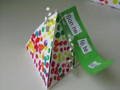 bricolages on pinterest bricolage cupcake wrappers and paper snowflakes. Black Bedroom Furniture Sets. Home Design Ideas
