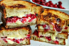 Roasted Cranberry & Brie Grilled Cheese Sandwich http://www.ifood.tv/recipe/roasted-cranberry-brie-grilled-cheese-sandwich