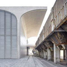 Long-Museum-West-Bund-by-Deshaus-hufton-crow-SQsq_dezeen_468c_2