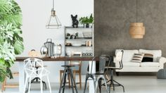 A dining table set transforms the look of a room. Whether you have a separate room reserved for your dining needs or a dining table placed in the hall next Kitchen Trends 2018, Living Room White, Concrete Design, Reno, Leroy Merlin, Home Accessories, Kitchen Design, Dining Table, Dining Room