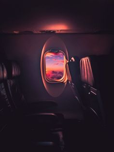 52 Trendy Ideas For Travel Airplane Window Wanderlust Airplane Photography, Street Photography, Travel Photography, Photography Ideas, Dream Photography, Adventure Photography, Photography Classes, London Photography, White Photography