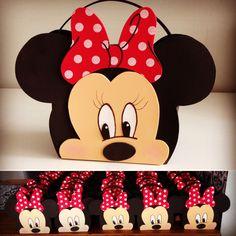 Bolsa Minnie, para lembrancinha de aniversário.
