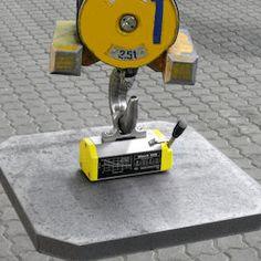Die hochwertigen Lasthebemagnete der Marke Tecnomagnete werden in Italien hergestellt und sind jeweils aus einem Stück gefertigt. Der Lasthebemagnet MaxX 250 verfügt über einen drehbaren Haken und kann Lasten bis zu 250 kg halten. Durch seine kompakte Größe und sein niedriges Eigengewicht lässt sich dieser Hebemagnet selbst bei engen Platzverhältnissen gut einsetzen. Der MaxX 250 eignet sich für das Heben von Flachmaterial als auch Rundmaterial. Interiordesign, Corridor, Cardboard Packaging, Packaging, Italy