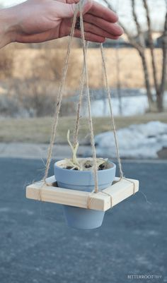 DIY Hanging Planter Scrap Wood Series 10 is part of diy-home-decor - If you're just joining, welcome to the Bitterroot Scrap Wood Series! Head over to Day 1 to catch the beginning of the shenanigans, as well as our… Scrap Wood Projects, Woodworking Projects, Diy Projects, Jar Crafts, Wood Crafts, Diy Hanging Planter, Diy Hanging Shelves, Planter Ideas, Hanging Basket