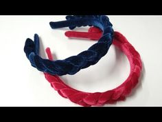 Tiara diadema trançada de veludo - YouTube Love Crochet, Crochet Lace, Bracelet Making, Jewelry Making, Hair Dos, Scrunchies, Hair Clips, Headbands, Embroidery Designs