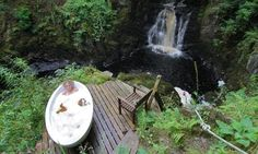 A yoga retreat in the Scottish Highlands - outside baths are good for you!