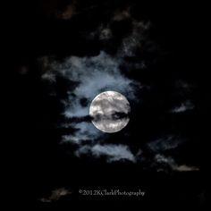 Moon Photography - KClark Photography via Etsy #fpoe