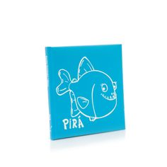 Pirá is a well humored book for children about a friendly piranha with a big smile. But Pirá, the piranha is afraid to catch the disease that makes children loose their teeth. Could you imagine a piranha without teeth??