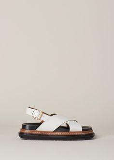 Marni Crisscross Fussbett Sandal (Stone White/Peanuts)