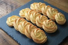 Danish Butter Cookies, Butter Cookies Recipe, Biscuit Cookies, Easy Cookie Recipes, Diet Recipes, Vegan Recipes, Cooking Recipes, Favorite Cookie Recipe, Best Sweets