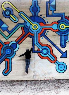 """""""Red estelar gravedad cero"""". Nuevo mural de Seize Happywallmaker en Paris, Francia"""
