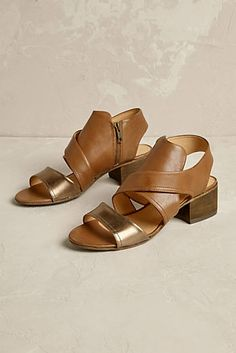 Elisa heel shoes with crossed straps