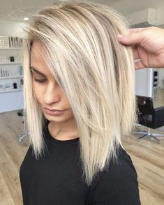 50 No-Fail Medium Length Hairstyles for Thin Hair - Hair Adviser - My hair! - 50 Perfect Medium Hairstyles for Thin Hair to Give You Volume and Texture - Hair Color And Cut, Medium Hair Cuts, Medium Cut, Medium Length Bobs, Medium Long, Hair Styles For Medium Hair With Layers, Medium Blond Hair, Medium Hair Styles With Layers, Short Hair Cuts For Women With Bangs
