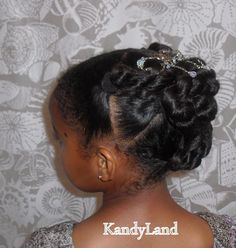 """Party Bun"". Beautiful natural hair updo for little girls - easy instructions."