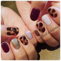 「秋冬ネイルに欠かせない♡レオパード柄ネイルカタログ」に含まれるinstagramの画像