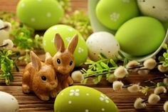Ostern shared by 彡zuck_erig. Colour Schemes, Color Combos, All The Colors, Green Colors, Paleta Pantone, National Day Calendar, Finding Neverland, Pastel Palette, National Holidays