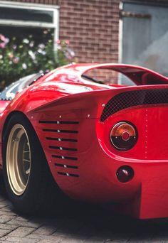 1967 Ferrari 330 P4 | Tipo P. Photo by Amy Shore.