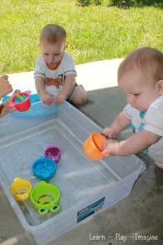 Water Play Sensory Bin for Babies ~ Learn Play Imagine of course, use with caution