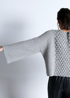 ivre gris し tricot laine pullover hiver winter kit knit crochet baby alpaca crash sweater grey fall automne Knitting Kits, Hand Knitting, Knitting Patterns, Crochet Patterns, Knitting Wool, Pull Crochet, Diy Crochet, Crochet Ideas, Black Crochet Dress