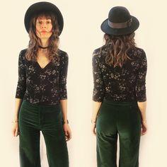#vintage #90s slinky #floral #croptop with cross cross v-neckline, size small. Now available in store or online. Link in bio to shop.  . #heytiger #shopheytiger #vintagelove #vintageshop #vintagestyle #vintagefashion #vintageforsale #etsy #etsyshop #etsyseller #etsyvintage #grunge #boho #style #fashion #springfashion #ooak #onlineshop #retro #retrostyle #90sfashion #wtw #wiwt #ootd