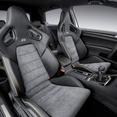 Hochwertiges Interieur für den VW Golf R 400