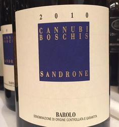A #pranzo, un #Barolo che mette al n.1, raffinatezza ed eleganza. È il #CannubiBoschis 2010 di #LucianoSandrone