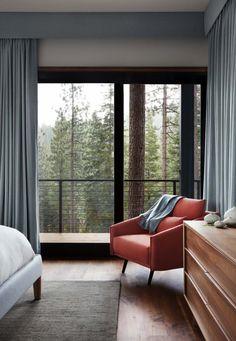 Fabulous prefabricated mountain modern home on Lake Tahoe - Bedrooms - Curtain Curtains Living, Modern Curtains, Teal Curtains, Home Decor Bedroom, Modern Bedroom, Bedroom Colors, Pelmet Designs, Curtain Pelmet, Modern Modular Homes