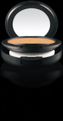 Studio Fix Powder Plus Foundation from M·A·C. Gives perfect, light coverage without overdoing it. C7 for me.