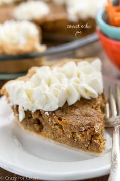 Carrot Cake Pie: a carrot cake blondie in a pie crust, topped with cream cheese frosting!