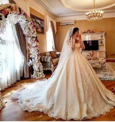 Mutluluğunuza şahit olalım istiyoruz  #weddingday #weddingdress #wedding #brıdal #couture #bride #grown #makeupartist #hautecouture #makeup #instabrıdal #instalike #gelin #gelinlik #modagelinlik #duvak #elbuketi #düğün #düğünhikayesi #gelintacı #fotoğrafçı #aşk #sevgi #lifeihtişam