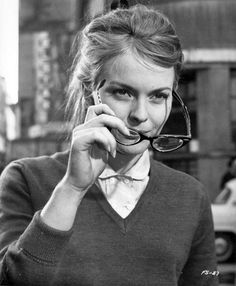 who the fuck cares if guys do or don't make passes at girls with glasses. AWESOME. jean seberg in 'in the french style', 1963.