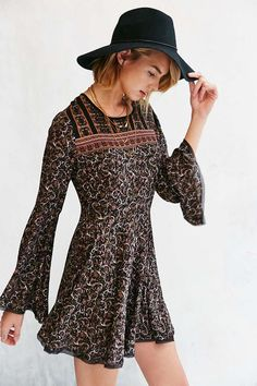 Ecote Sascha Bell Sleeve Black Dress - Urban Outfitters