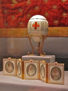 """Imperial Faberge Egg with """"surprise"""""""