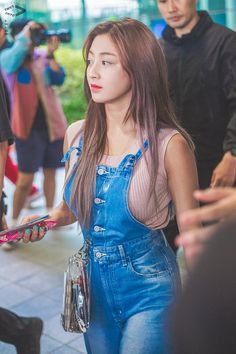 Read jihyo the type from the story twice being your girlfriends by peachula (° ¡ sana ; Nayeon, Kpop Girl Groups, Korean Girl Groups, Kpop Girls, K Pop, Asian Woman, Asian Girl, Twice Chaeyoung, Park Ji Soo