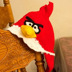 Angry Birds - Red Bird Knit Hat