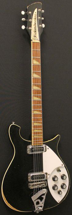 Kitarakuu - Rickenbacker 620 1980 Pistepirkko Glo